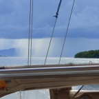 Triple-footed sailing to Golfito